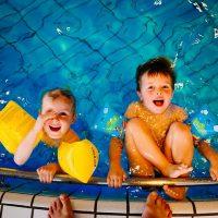 swimming-933217__480